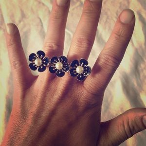 Jewelry - Flower Double Finger Ring